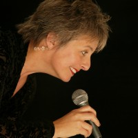 Louise Gibbs + 3Sam
